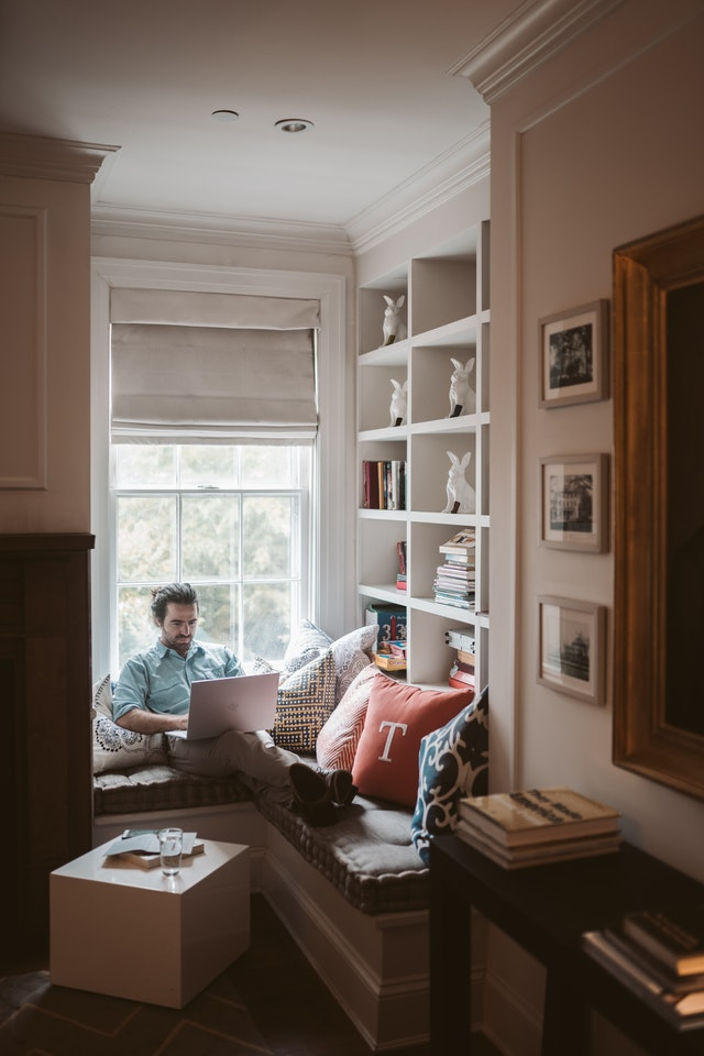 Should Home Office Desk Face the Window?
